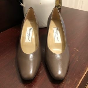 Etienne Aigner leather upper heels. Size 7.5.